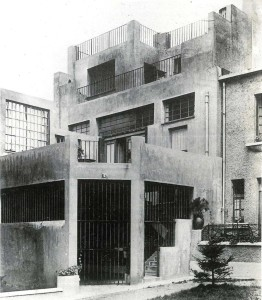 Casa de Tzara durante su estancia en París.
